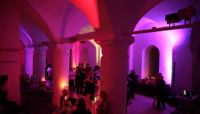"""Tango trifft Kunst"" Milonga in der Säulenhalle – 29. April 2016"